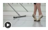 How to Do the Bourre in Ballet Dancing